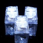Decostar™ Ice Cubes with Flashing White Lights - 144 Pieces